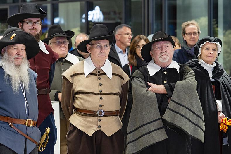 Personnes en costume d'époque lors de l'inauguration du Léman Express