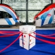Podium d'inauguration du Léman Express avec 2 trains